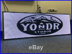 8 x 65 / 78 / 91 / 103 P5 HD Full-color LED Scrolling Sign for Store Windows