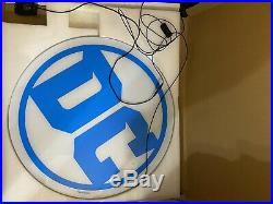 Store Exclusive DC Comics Logo LED 26 x 26 Light Up Sign Huge