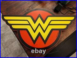 Wonder Woman LED Sign, Comic Store Exclusive